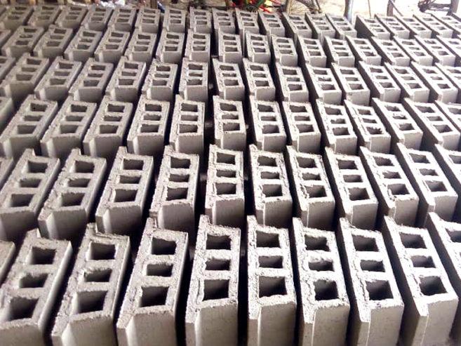 5beb09a3e9094-briques2-afribrick-cote-ivoire